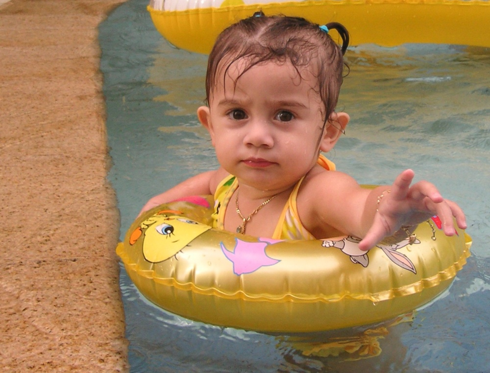 Isabella in the kids pool